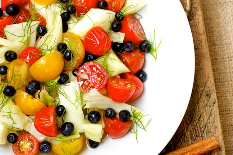 Tomatoes, Blueberries & Fennel Salad