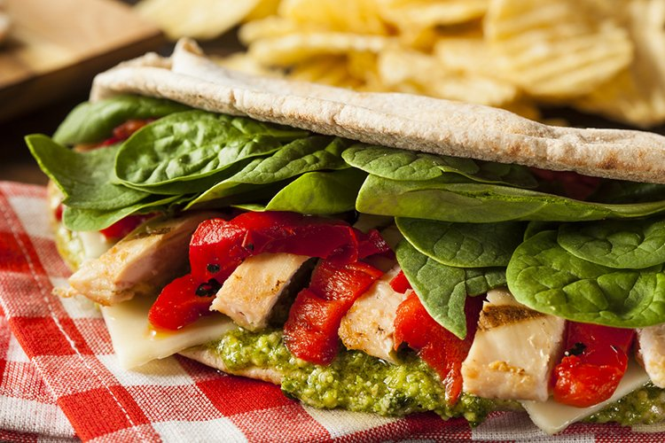 chicken pesto pita