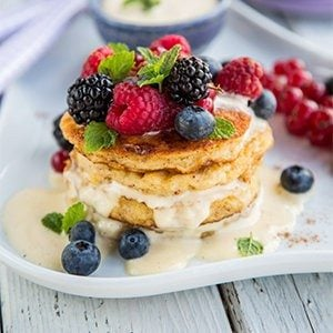 French Toast with Cream Sauce & Berries