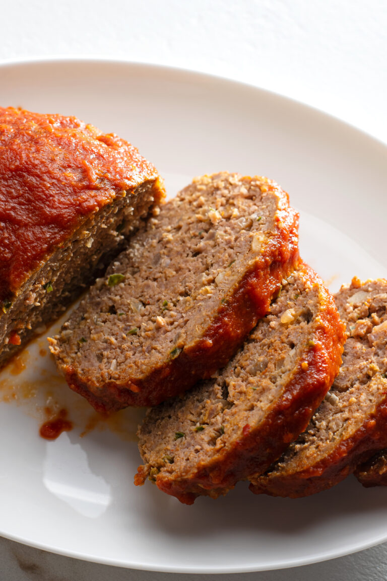 Serve this easy mexican meatloaf with a side of mashed potatoes and green beans!