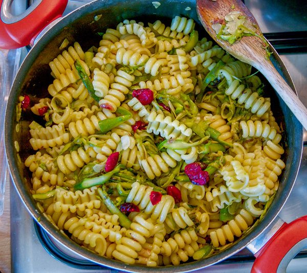Spiral Pasta with Dried Cranberries, Asparagus & Mint Recipe 2