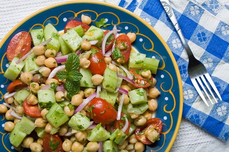 Chickpea Cucumber Salad