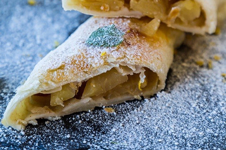 Mini Apple Strudel