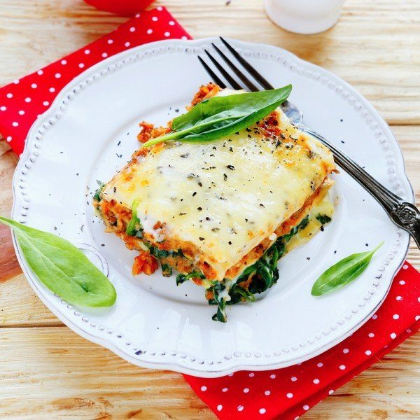 Slow-Cooker-Cheesy-Spinach-Lasagna-Recipe--e1407344308383