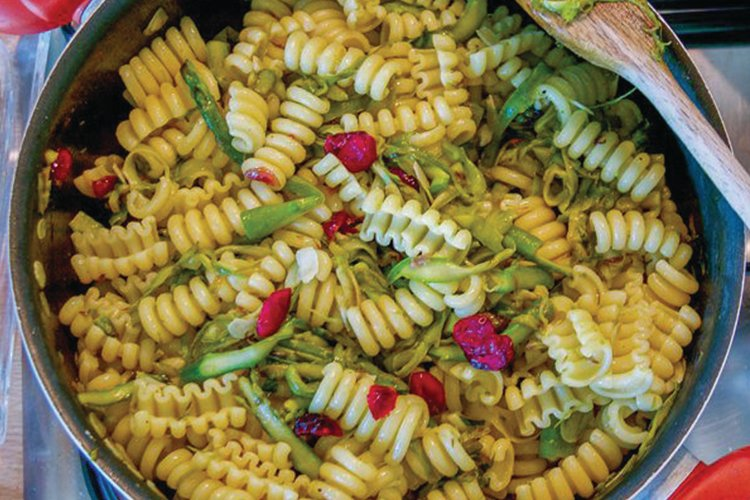 Spiral Pasta with Dried Cranberries & Asparagus