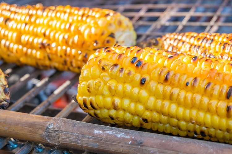 There's nothing better than fresh, grilled corn on a warm Summer day spent in the backyard!