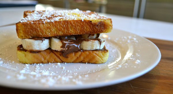 Skinny-Nutella-Banana-French-Toast-Sandwich