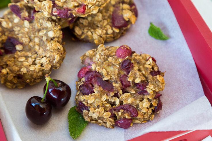 cherry almond oatmeal cookies