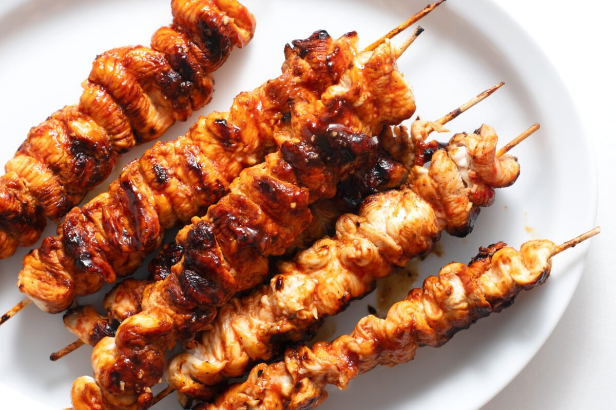 These cipotle honey chicken skewers are a wonderful way to enjoy a delicious and nutritious dinner!