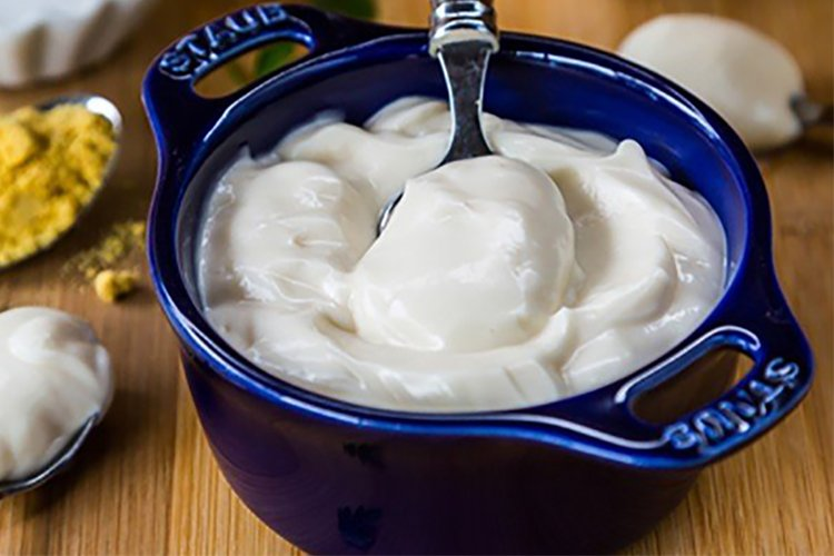 How to Make Eggless Mayonnaise