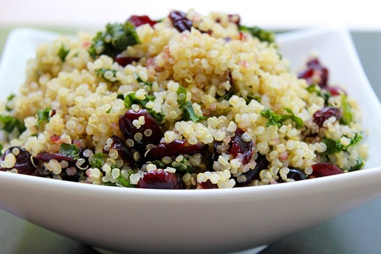 Easy Kale & Quinoa Salad with Lemon Vinaigrette