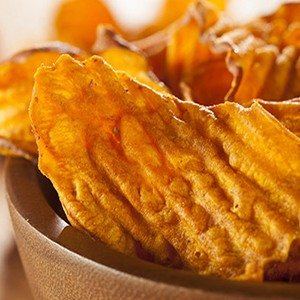 16 Delicious Ways To Make Your Own Chips