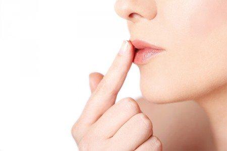 DIY Vanilla Lip Scrub