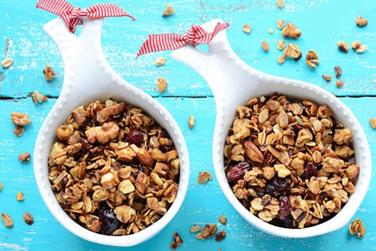 Slow Cooker Cranberry & Pumpkin Granola