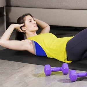 9 Dorm Workouts in Under 5 Minutes
