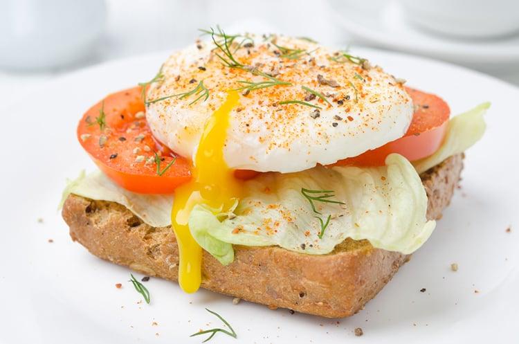 Protein Egg & Tomato Toast
