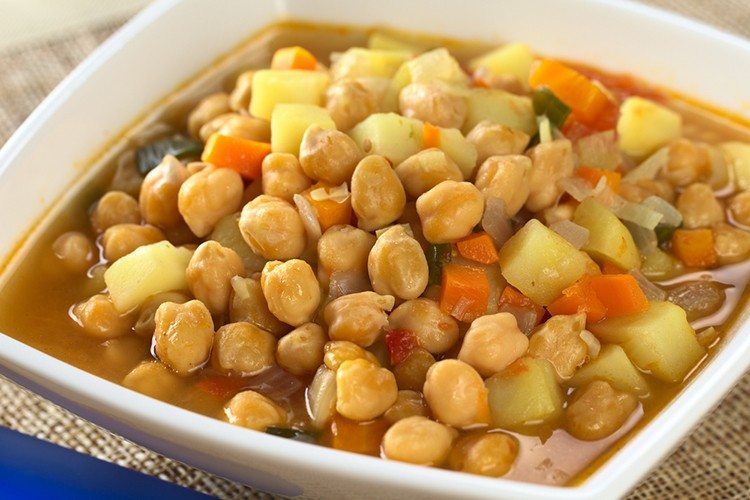 Foods that fight bloating Crockpot Chickpea Veggie Soup