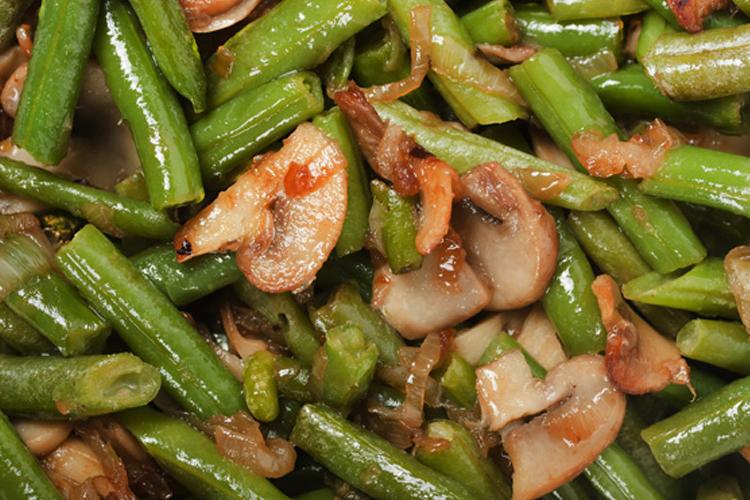 Sauteed Green Beans and Mushrooms Recipe