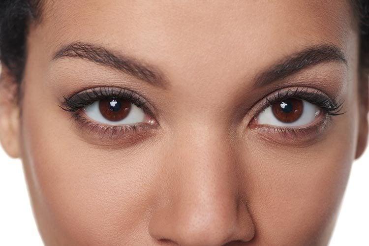 10 удивительных советов по макияжу для карих Глаз2