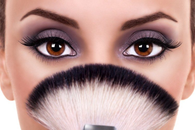 10 Amazing Makeup Tips for Brown Eyes23