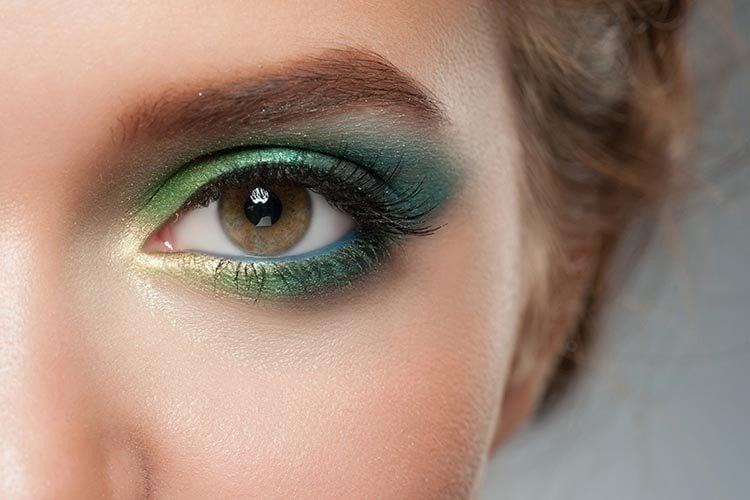 10 удивительных советов по макияжу для карих Глаз7
