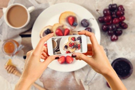 10 Healthy Instagram Accounts to Follow