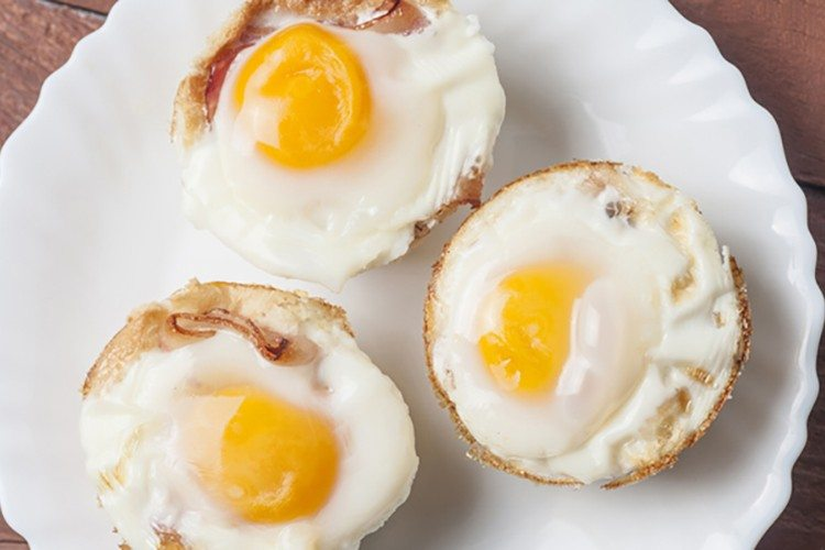 Egg And Toast Breakfast Cups