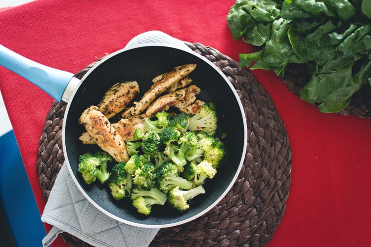 Quick Chicken Strips with Broccoli Dinner