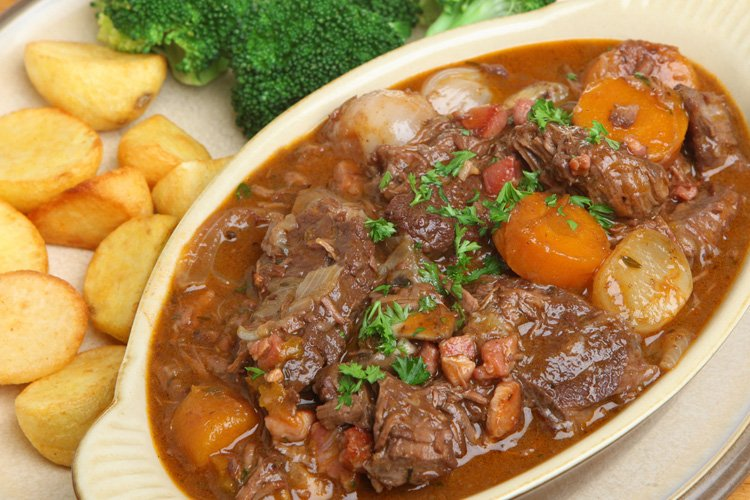 Slow Cooker Beef Bourguignon Stew