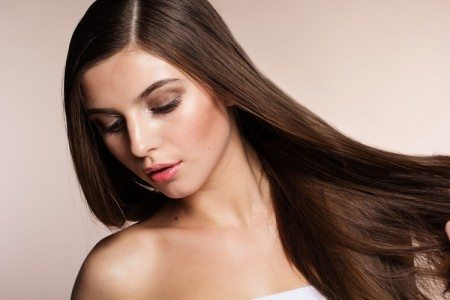 5 Ways to Use Coconut Oil for Silky Hair