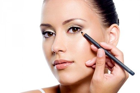 3 Ways to Apply Eyeliner