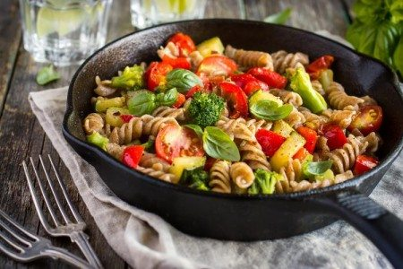 Lemon Garlic Pasta with Fresh Veggies
