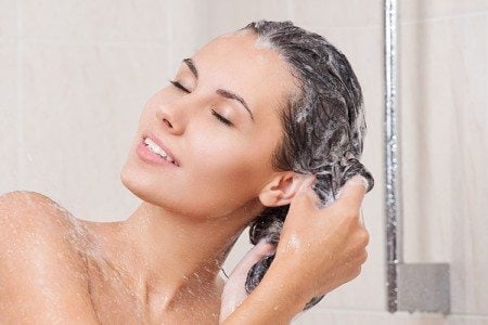 4 Tips When Shampooing Hair
