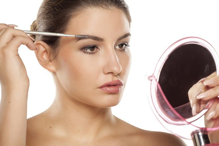 10 Clever Makeup Tricks