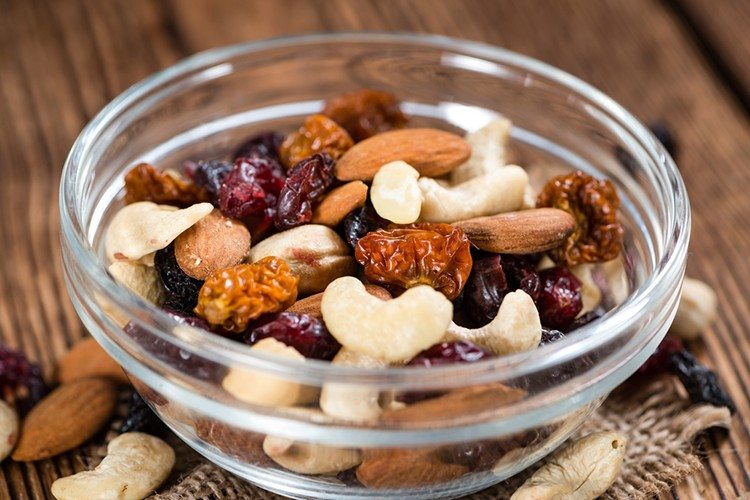 5 Snacks that Will Give You More Energy than Coffee2