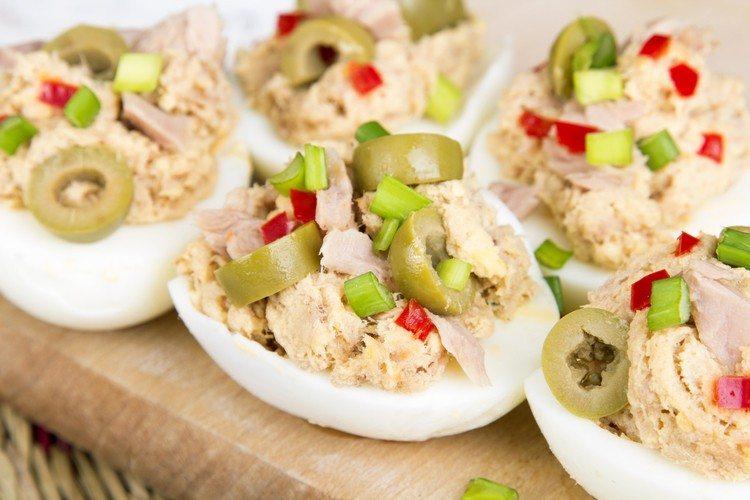 6-Ingredient Tuna Salad Stuffed Eggs