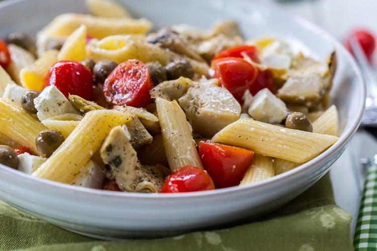6-Ingredient Greek Pasta Salad