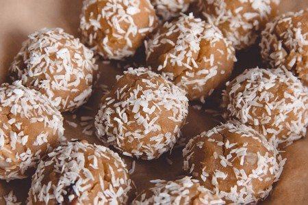 Coconut Halva Balls