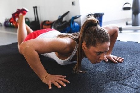 5 Calorie-Crushing No-Equipment Exercises