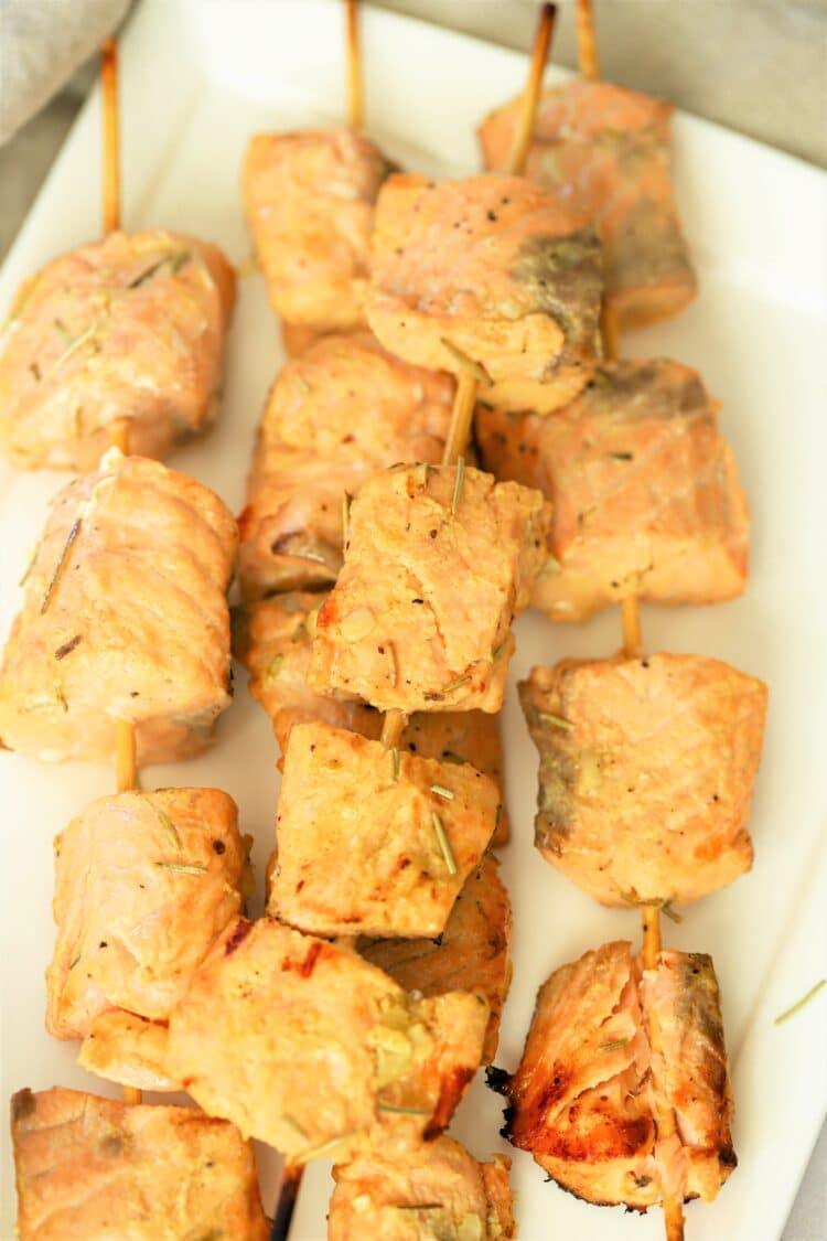 Take advantage of the beautiful weather and get outside to grill these salmon kebabs!
