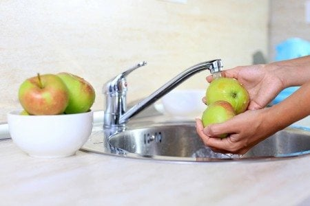 6 Fruits and Vegetables You Must Wash Before Eating