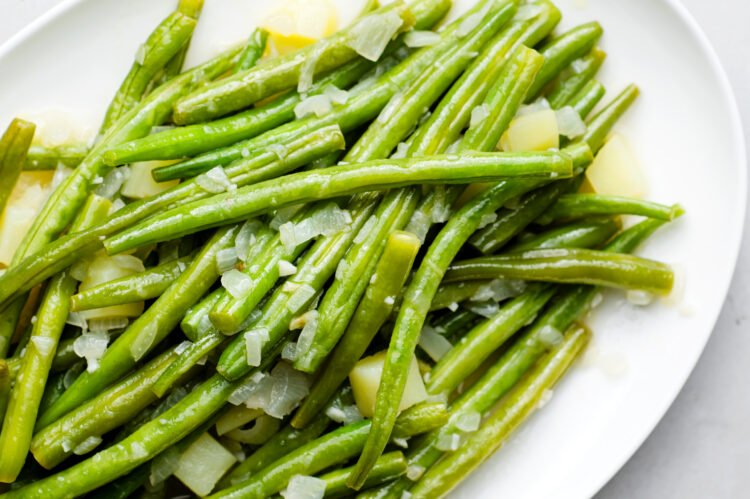 Full of fresh flavor, our southern style green beans are an absolute classic.