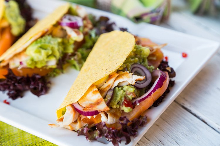 Skinny Tacos with Guacamole and Grilled Chicken
