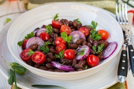 Slow Cooker Pinto Beans, Tomatoes and Onion Salad