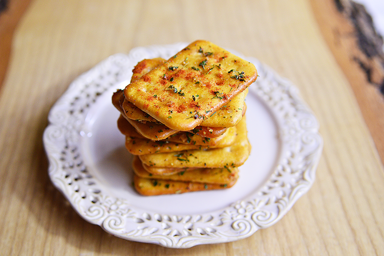 Spicy Whole Grain Crackers