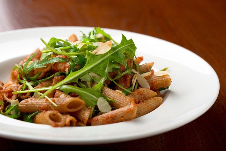 Whole Grain Penne Pasta with Greens & Beans
