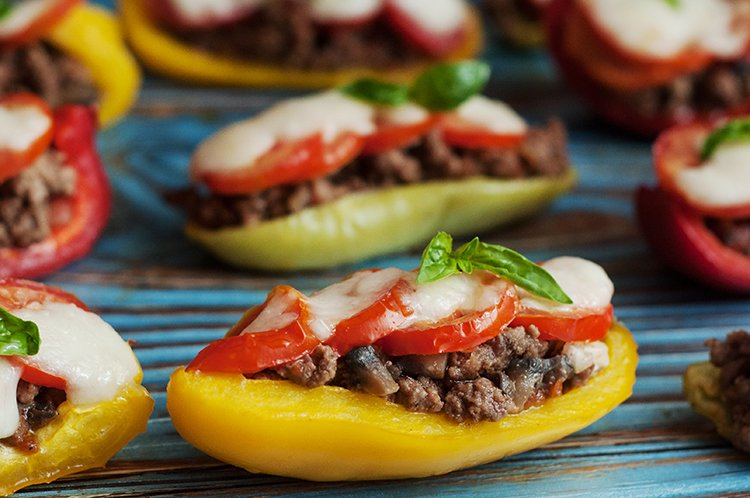 Skinny Bell Pepper Pizza Boats