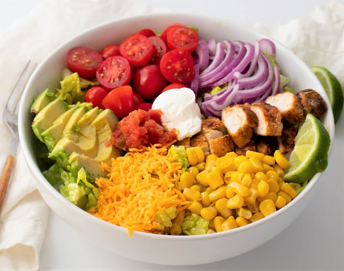 Dig into this Southwestern chicken salad to satisfy your Tex-Mex cravings and fill your belly with nutrients.
