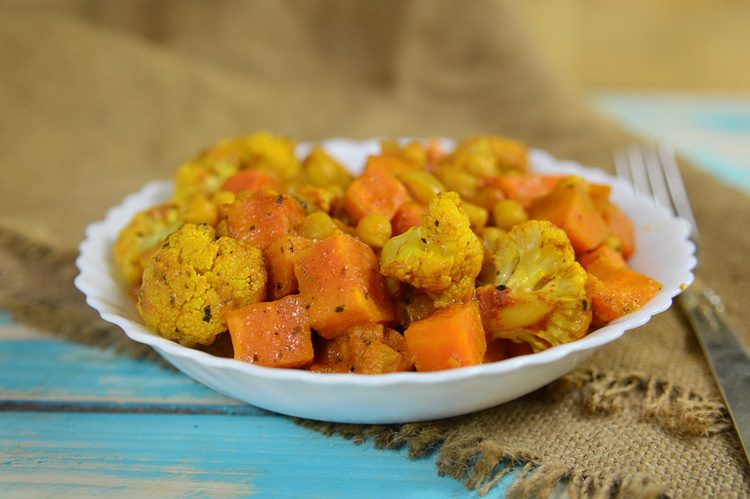 slow-cooker-autumn-vegetable-curry-recipe