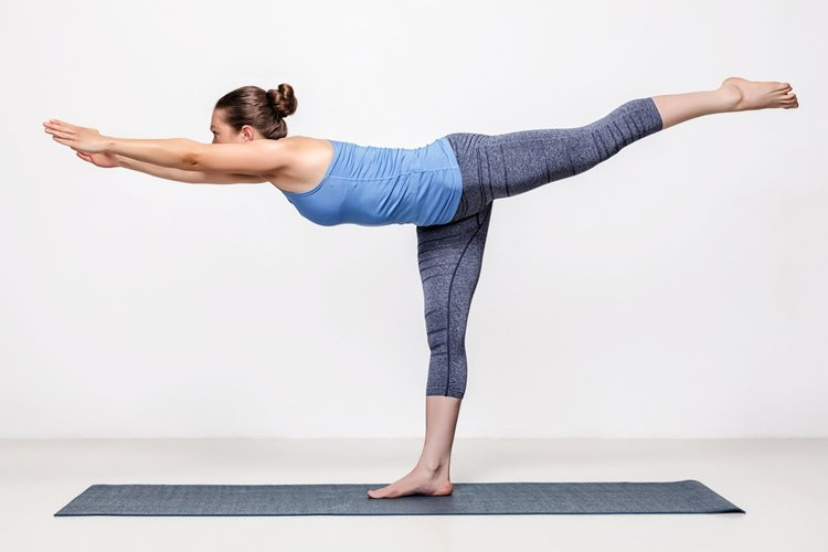 10-yoga-poses-for-faster-weight-loss4